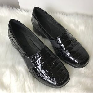 Clarks Collections Black Croc Pattern Loafers 7.5